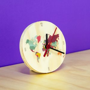 Reloj Mapamundi 12×12 cm